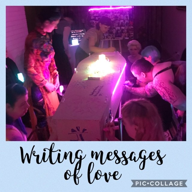 writting messages of love